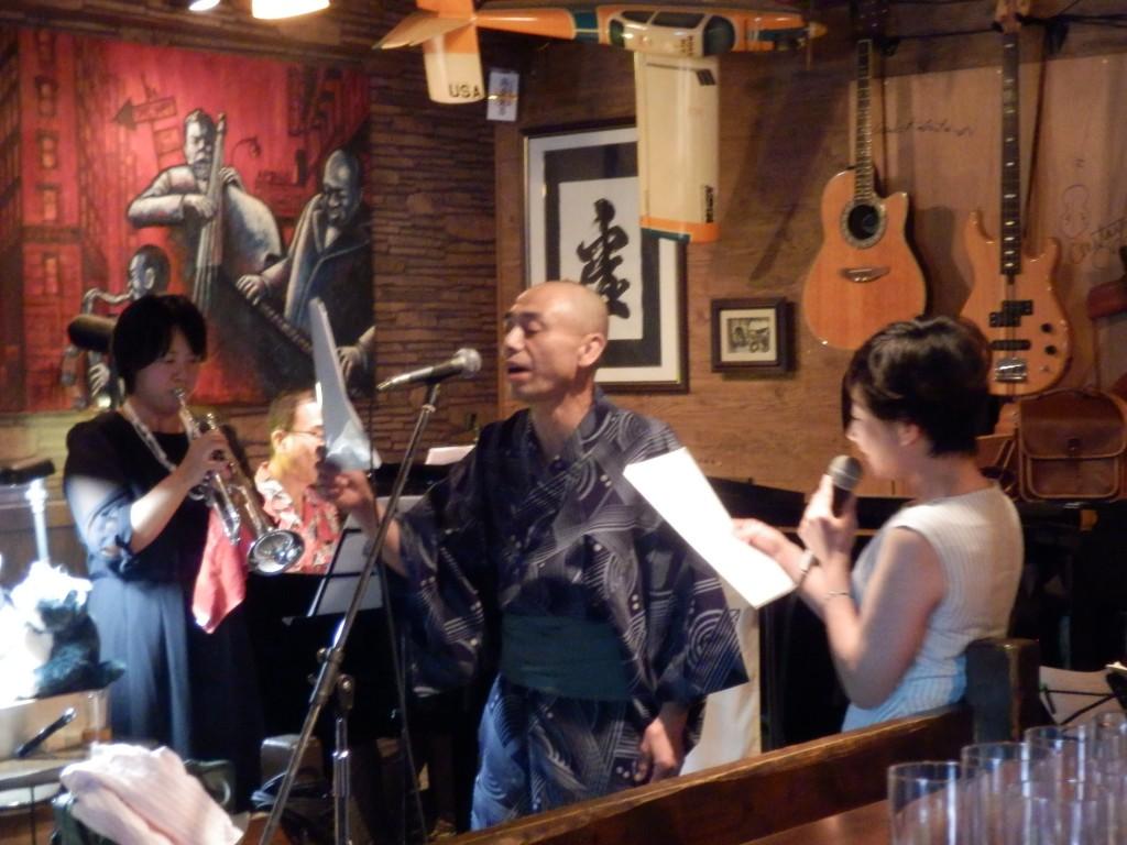 にゃんこ♪の写真と 小川スマイル幹夫ライブの写真